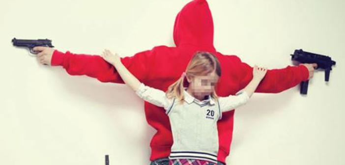 « Intouchables » La maltraitance enfantine photographiée par Erik Ravelo