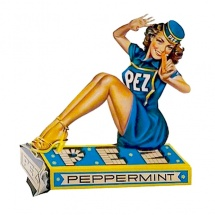 pez_pin_up