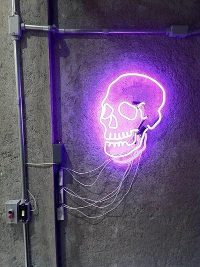 skull_neon