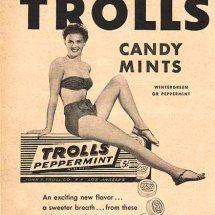 trolls_pin_up